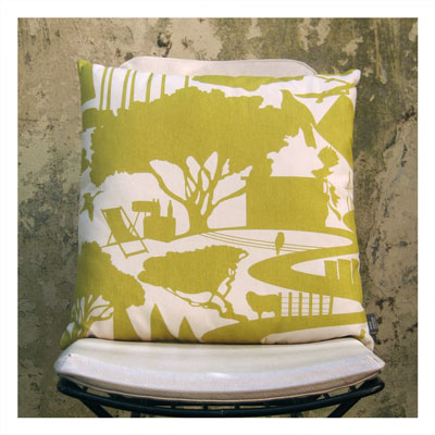 SCENIC CUSHION IN MUSTARD